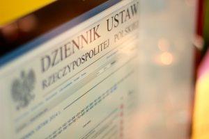 W artykule zawarte są teksty jednolite Ustawy o grach hazardowych wraz z nowelizacjami