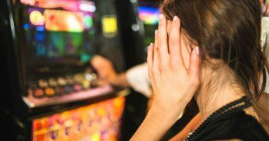 Jakie jest zastosowanie leczenia kontrolowanego w terapii hazardu?