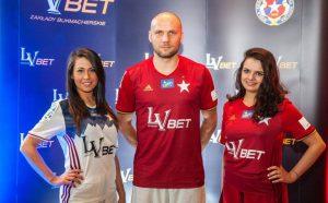 Zdjęcie do tekstu o bukmacherze LVbet, sponsorze Wisły Kraków