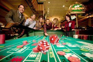 Zdjęcie do artykułu Dlaczego lubimy hazard?