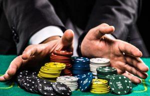 zdjęcie do tekstu o najbardziej znanych polskich pokerzystach