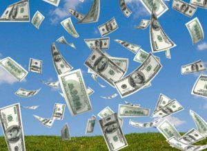 pieniądze spadające z nieba